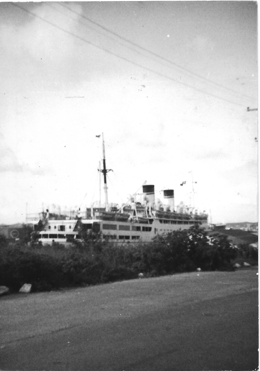 Nel 1956 a Curaçao.